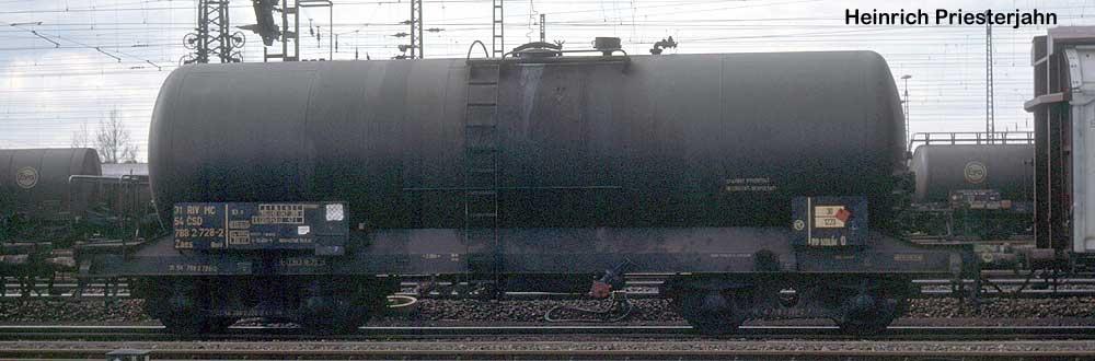 http://www.eisenbahndienstfahrzeuge.de/drehscheibe/Kesselwagen/63-31547882728-2-hp085013.jpg
