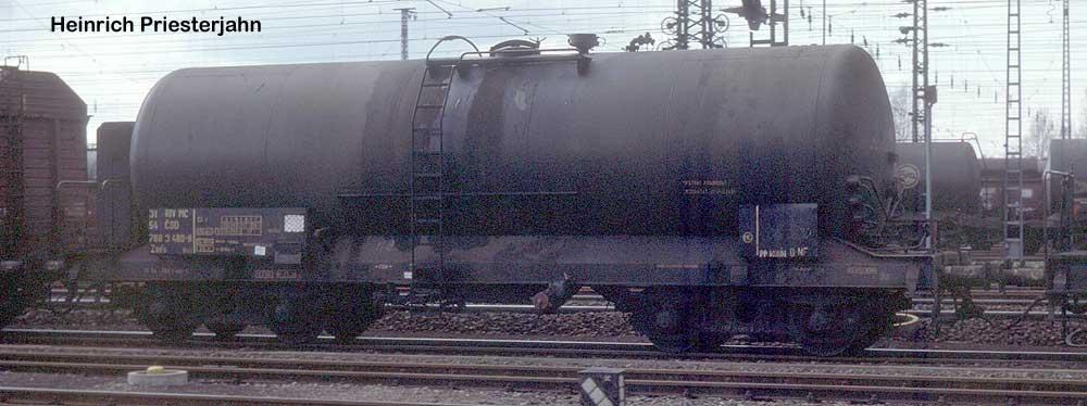 http://www.eisenbahndienstfahrzeuge.de/drehscheibe/Kesselwagen/63-31547883480-9-hp085014.jpg